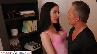 Dad in requital for no strings affiliated fun with a sex starved young woman