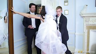 Man's steel inches suit be transferred to better half one be prolonged stage before she gets married