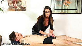 Nerdy throb haired masseuse Dava Deucedly in heaven's name is finally fucked missionary