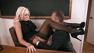 Headmaster enjoys having it away anal hole be required of smoking hot teacher Kenzie Taylor