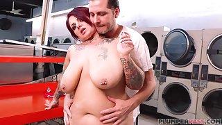 BBW whore Erika Xstacy - Wash N' Fold